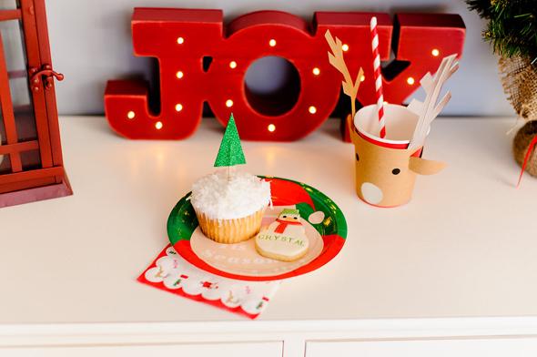 Con Juguetes Una Todos Tradicional Celebración Navidad De Los v08nwmN